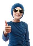 Ragazza che indossa un cappuccio di tricottare fotografia stock