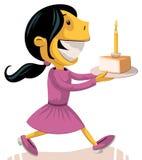 Ragazza che porta la torta di compleanno Immagini Stock