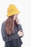 Ragazza che porta un cappello spesso Fotografia Stock Libera da Diritti