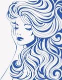 Ragazza con capelli ondulati Fotografia Stock