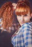 Ragazza con capelli rossi Immagini Stock Libere da Diritti