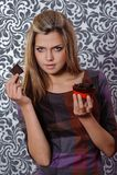 Ragazza con cioccolato Fotografia Stock