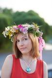 Ragazza con flowers6 fotografia stock libera da diritti