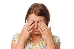 Ragazza con gli occhi faticosi Fotografie Stock Libere da Diritti
