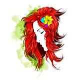 Ragazza con i fiori in suoi capelli Immagini Stock