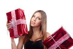 Ragazza con i regali di festa immagini stock