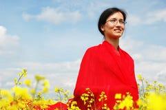 Ragazza con i vestiti asiatici Fotografia Stock