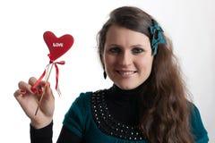 ragazza con il biglietto di S. Valentino Fotografie Stock