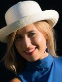 Ragazza con il cappello di paglia Fotografia Stock Libera da Diritti
