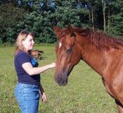 Ragazza con il cavallo Immagine Stock
