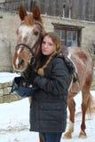 Ragazza con il cavallo fotografie stock libere da diritti