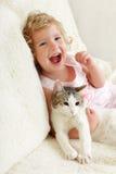 Ragazza con il gatto Fotografia Stock