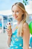 Ragazza con il gelato Fotografia Stock Libera da Diritti