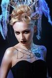 Ragazza con il ragno sul web Fotografie Stock Libere da Diritti