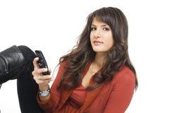 Ragazza con il telefono mobile fotografie stock
