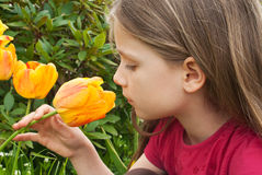 Ragazza con il tulipano Fotografia Stock Libera da Diritti