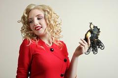 Ragazza con la mascherina di carnevale Fotografie Stock Libere da Diritti