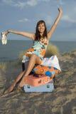Ragazza con le valigie Fotografia Stock Libera da Diritti