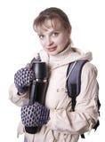 Ragazza con lo zaino isolato su bianco Fotografia Stock