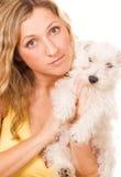 Ragazza con un cucciolo Immagini Stock Libere da Diritti