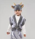 Ragazza in costume della mucca Fotografia Stock