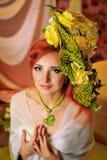 Ragazza dai capelli rossi con trucco creativo Fotografia Stock Libera da Diritti