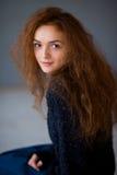 Ragazza dei capelli dello zenzero del ritratto bella Fotografia Stock
