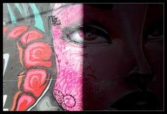 Ragazza dei graffiti Fotografie Stock Libere da Diritti