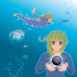 Ragazza del Anime che tiene perla nera Fotografia Stock Libera da Diritti