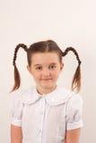 Ragazza del banco con stile di capelli divertente 2 fotografie stock libere da diritti