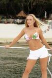 Ragazza del bikini sulla barca Fotografie Stock Libere da Diritti