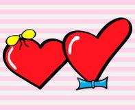 Ragazza del cuore con un arco e un ragazzo del cuore con una cravatta Fotografie Stock Libere da Diritti