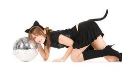 Ragazza del gatto con la sfera della discoteca Fotografia Stock