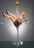 Ragazza del Martini Fotografia Stock Libera da Diritti