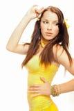 Ragazza del sesso in un vestito giallo Fotografie Stock Libere da Diritti
