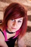 Ragazza dell'adolescente che si trova nel pavimento Immagine Stock Libera da Diritti