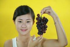 Ragazza della frutta Fotografia Stock