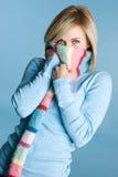 Ragazza della sciarpa di inverno Immagini Stock Libere da Diritti