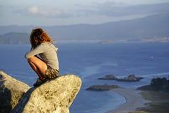 Ragazza della testarossa sulla vacanza in Spagna fotografie stock libere da diritti