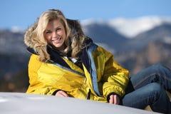 Ragazza dello sciatore immagine stock libera da diritti
