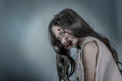 Ragazza dello zombie Fotografia Stock