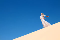 Ragazza in deserto Immagine Stock
