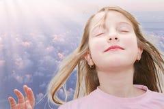 Ragazza di meditazione Fotografia Stock
