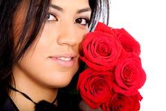 Ragazza di modo con le rose rosse Fotografia Stock