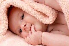 Ragazza di neonato sveglia immagini stock libere da diritti