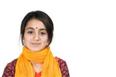 Ragazza e computer portatile indiani fotografia stock libera da diritti