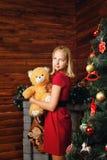 Ragazza e Natale fotografia stock libera da diritti