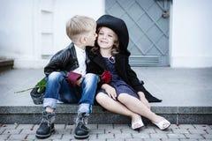 Ragazza e ragazzo Fotografia Stock