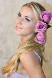 Ragazza e rose Fotografia Stock