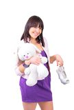 Ragazza ed il suo coniglietto dell'orsacchiotto immagine stock libera da diritti